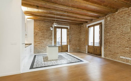 Barcelona Borne stunning high quality flat with original features